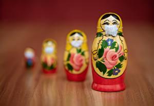 Fotos Spielzeug Maske Kreativ Unscharfer Hintergrund Bokeh Matrjoschka