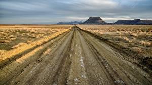 Bilder USA Wege Berg Factory Butte, Upper Blue Hills, Utah Natur