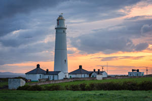 Pictures United Kingdom Evening Lighthouses Wales Nash point lighthouse Nature