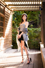 Image Asian Pose Skirt Legs Singlet Beret Glance young woman