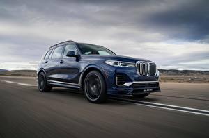 Hintergrundbilder BMW Wege Geschwindigkeit Blau Metallisch Softroader Alpina, X7, G07, XB7, 2020 auto