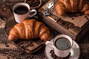 Bakgrunnsbilder Kaffe Croissant Treplanker Krus Korn (mat) To 2