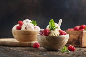Photo Ice cream Dessert Sweets Berry Raspberry Bowl Mentha Food