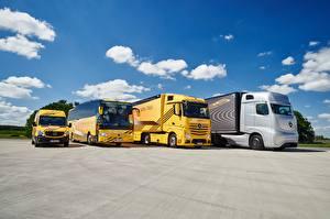 Desktop hintergrundbilder Mercedes-Benz Lastkraftwagen Omnibus Actros, Sprinter, Travego auto