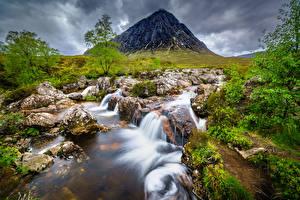 Hintergrundbilder Schottland Gebirge Stein Flusse Bäume
