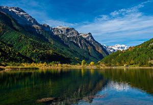 Bakgrunnsbilder Spania Fjell Innsjø Skog Pirineos Natur