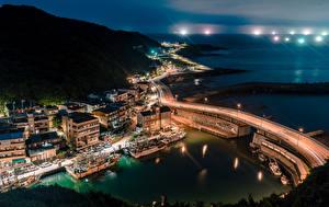 Bilder Taiwan Gebäude Brücke Seebrücke Binnenschiff Nacht Bucht Keelung Städte