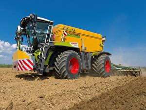 Fotos & Bilder Landwirtschaftlichen Maschinen Felder 2014-20 Claas Xerion 4000 Saddle Trac Worldwide Städte