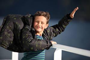 Fotos Junge Jacke Hand Wind Kinder