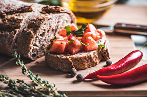 Pictures Bread Butterbrot Tomatoes Chili pepper Spices