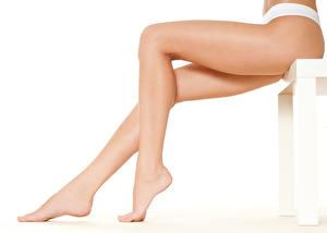 Tapety na pulpit Z bliska Piękne Nogi Białe tło Dziewczyny