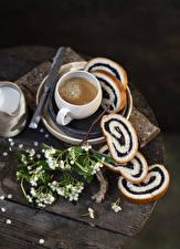 Fotos & Bilder Kaffee Cappuccino Backware Brot Bretter Ast Tasse Lebensmittel