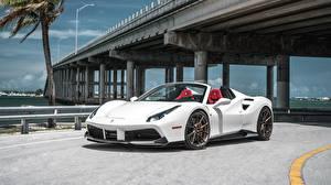 Hintergrundbilder Ferrari Brücke Weiß Metallisch Roadster 488 Spider, Sport Car automobil