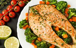 Fotos Fische - Lebensmittel Lachs Brokkoli Gemüse das Essen