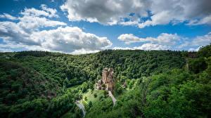 桌面壁纸,,德国,森林,城堡,天空,云,岩,Castle Eltz, Rheinland-Pfalz,大自然
