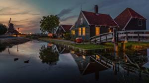 Hintergrundbilder Gebäude Abend Niederlande Zaanse Schans, Zaandam