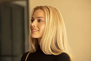 Fotos Margot Robbie Blondine Blick Frisuren Prominente Mädchens