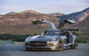 Fotos & Bilder Mercedes-Benz Grau Offene Tür Coupe Autos