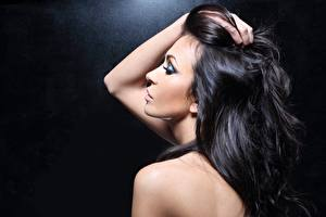 Image Modelling Brunette girl Hair Makeup