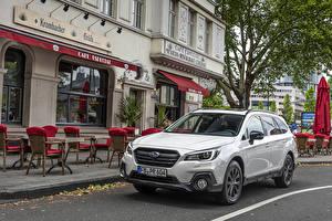 Sfondi desktop Subaru Bianco Metallico CUV 2019-20 Outback 2.5i Sport X