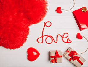 Fondos de Pantalla Día de San Valentín Corazón Inglés Palabra Regalos Chicas imágenes