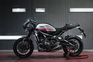 Fotos & Bilder Yamaha Tuning Seitlich XSR90 Abarth Motorrad