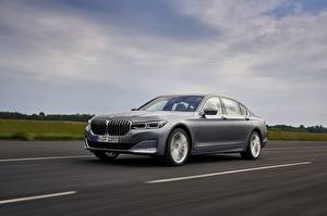 Wallpapers BMW Roads Motion Gray Metallic Sedan 7 series, G11/G12 auto