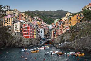 Pictures Boats Italy Parks Cinque Terre park Rock Cove Riomaggiore Cities
