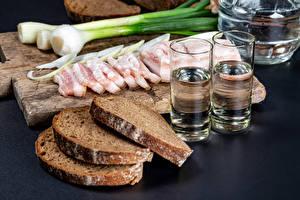Wallpaper Bread Salad onions Vodka Cutting board Salo - Food Sliced food Shot glass