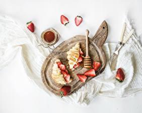 Photo Croissant Strawberry Jam Cutting board Food