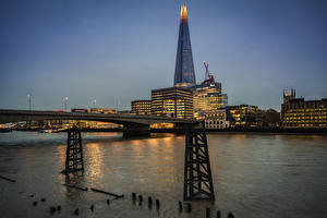Bilder England Wolkenkratzer Fluss Brücken Abend London The Shard, Thames
