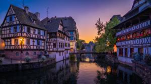 Bilder Frankreich Straßburg Abend Haus Brücken Kanal Städte