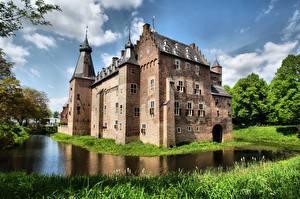 Hintergrundbilder Niederlande Burg Teich Castle Doorwerth, Gelderland Städte