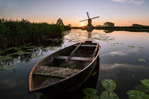 Fotos Niederlande Morgen Sonnenaufgänge und Sonnenuntergänge Boot Mühle Kanal Overslingeland, South Holland