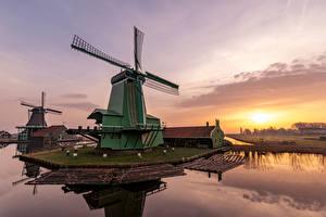 Bilder Niederlande Morgen Sonnenaufgänge und Sonnenuntergänge Mühle Bucht Zaanse Schans Natur