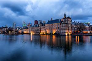 Fotos Niederlande Teich Haus Abend Spiegelung Spiegelbild Hofvijver, Hague Städte