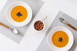 Fotos Suppe Tischtermine Teller Löffel Lebensmittel