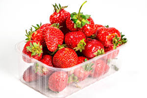 Pictures Strawberry Many White background Box Food