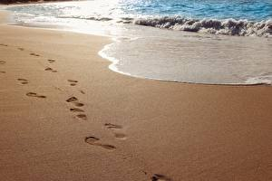 Wallpapers Waves Sea Beaches Sand Footprints
