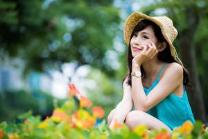 桌面壁纸,,亚洲人,散景,坐,黑发,帽子,手,年輕女性,