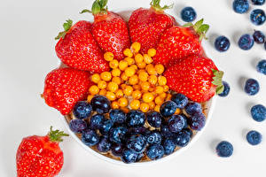 Images Berry Strawberry Blueberries Gray background