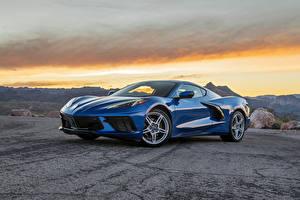 Bilder Chevrolet Metallisch Blau 2020 Corvette Stingray automobil