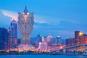 Pictures China Skyscrapers Building Evening Hotel Macau, Grand Lisboa Hotel Cities