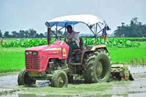 Fotos Acker Traktoren Arbeiten Schlamm indian