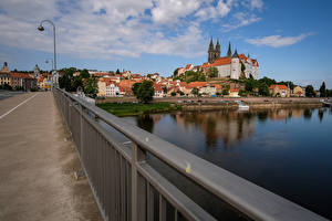 Photo Germany Houses Bridge Rivers Street lights Meissen Saxony Cities