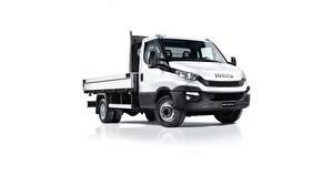 Bilder IVECO Lastkraftwagen Weißer hintergrund Daily Autos