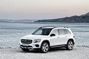 Wallpapers Mercedes-Benz White Metallic 2019 GLB 250 Edition 1 Worldwide