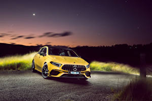 Picture Mercedes-Benz Yellow Metallic 2020 AMG A 45 S 4MATIC Aerodynamic Package auto