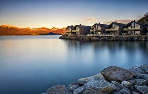 Фотография Норвегия Утро Рассвет и закат Камни Дома Побережье Tromso Природа