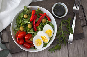 Pictures Vegetables Tomatoes Olive Boards Plate Fork Egg Food